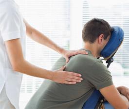 Massage shiatsu assis